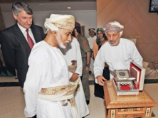 HM-visits-Oman-Oil[1]
